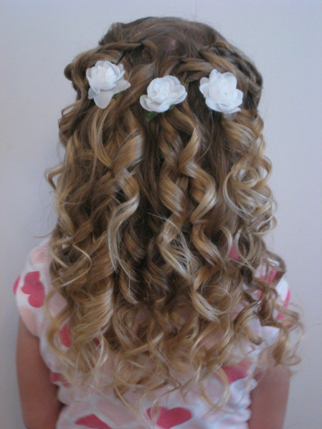 idee,coiffure,petite,fille,mariage