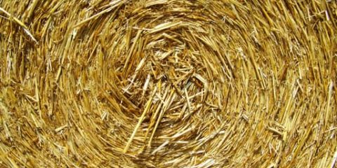straw-bale-compressed-grain-drying-works-162395